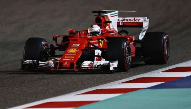 Феттель переміг на Гран-прі Бахрейну