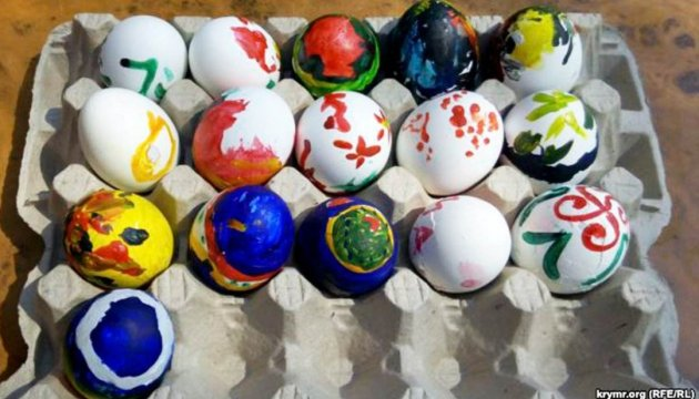 Members of Ukrainian Cultural Society of Sevastopol hold Pysanka Day