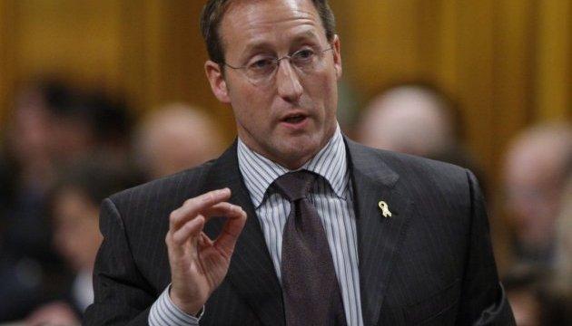 Колишній глава МЗС Канади заявляє, що свободи слова у Росії немає
