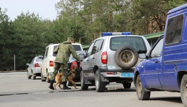 Напередодні Євробачення поліцейських собак протестували на пошук вибухівки