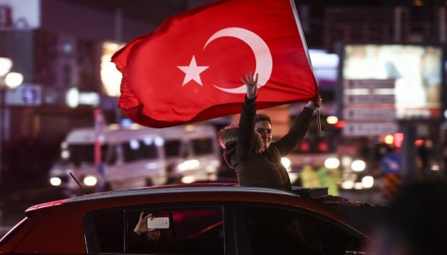 Туреччина вшосте продовжила режим надзвичайного стану