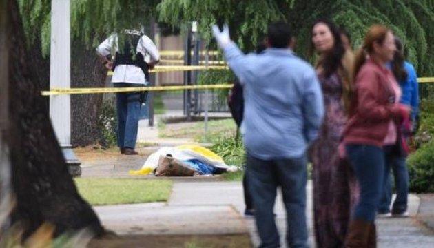 Темношкірий у Каліфорнії розстріляв трьох людей з вигуками
