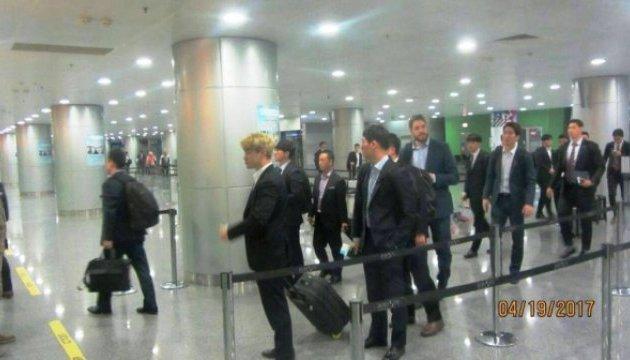 Хокейна збірна Республіки Корея першою прибула до Києва на ЧС