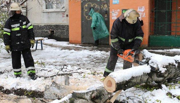 Le mauvais temps en Ukraine: 199 villes et villages restent sans électricité