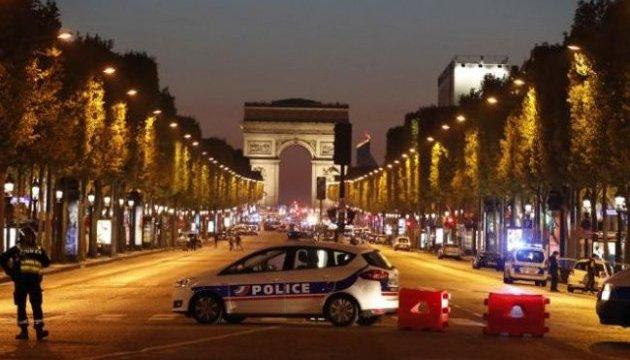 """""""Підсумки"""" виборів: поліція Парижа затримала близько 150 осіб"""