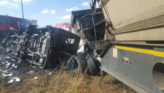 ДТП у Південній Африці, 17 школярів загинули