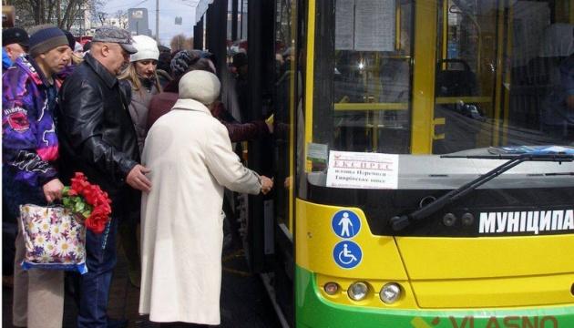 У Києві обмежать рух транспорту на вулиці Богдана Хмельницького