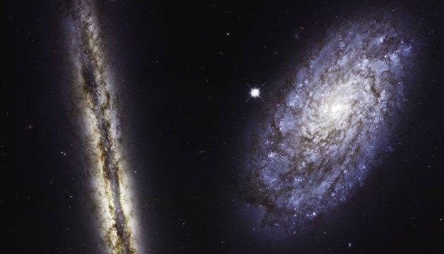 Hubble зробив неймовірний знімок двох спіральних галактик