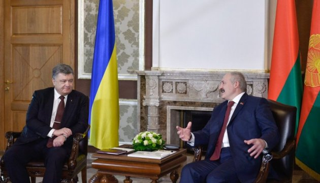 Poroshenko, Lukashenko discuss possibility of exporting Ukrainian electricity to Belarus