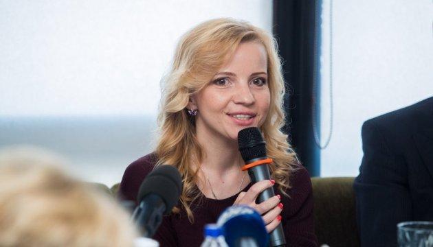 На Венский бал в Киев пригласили мам Милы Йовович и Сильвестра Сталлоне