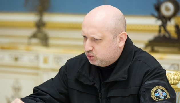 Turchynov refutes information about illegal supply of Ukrainian weapons to Asia and Africa