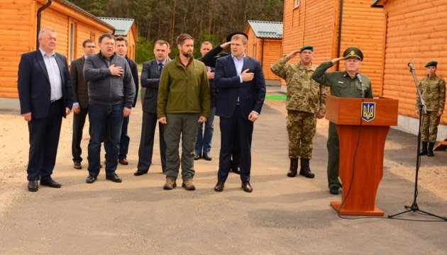 Українські прикордонники отримали від США тренувальний комплекс