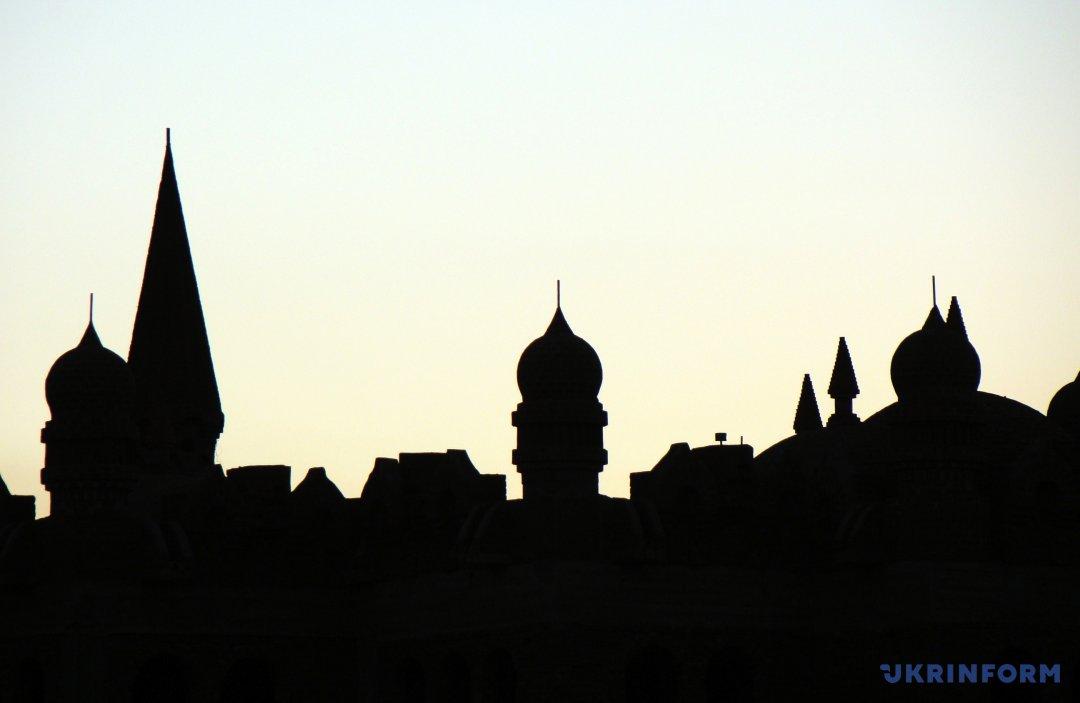 Нові мечеті Старого міста у Шарм-еш-Шейху. Фото: Олег Снітовський/Укрінформ