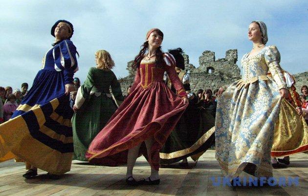 Лицарський світ королеви Бони