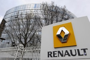 Правительство Франции хочет, чтобы Renault определилась с новым руководством