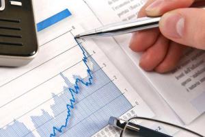 Bloomberg: La economía ucraniana crece a pesar de la desaceleración en toda Europa