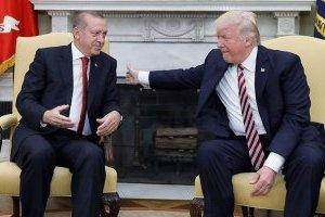 Трамп пообіцяв не вводити додаткових санкцій проти Туреччини