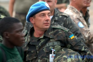 Зеленський привітав українських миротворців з професійним святом