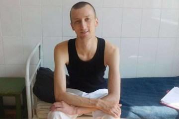 La mère d'Olexandre Koltchenko a effectué une visite prolongée près de son fils