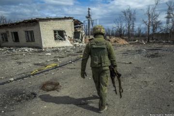 Okupanci strzelali w pobliżu miejscowości Awdijwka z broni strzeleckiej