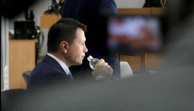 Захист Януковича вимагає, щоб Луценко прийшов до суду