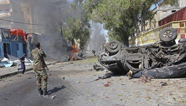 Возле президентского дворца в Сомали ошибке застрелили министра