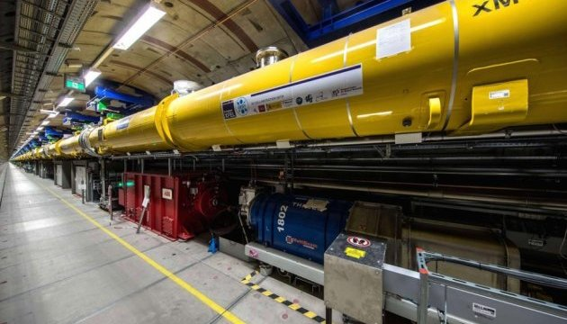 Найбільший у світі лазер успішно