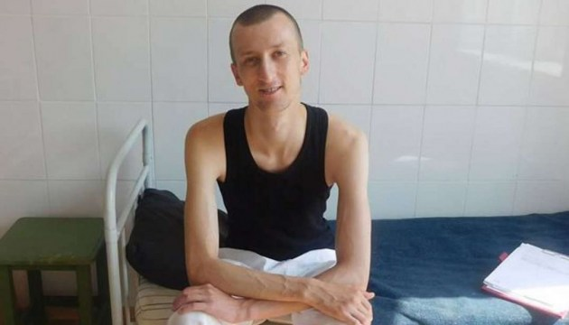 Mother of political prisoner Kolchenko allowed to visit him in colony