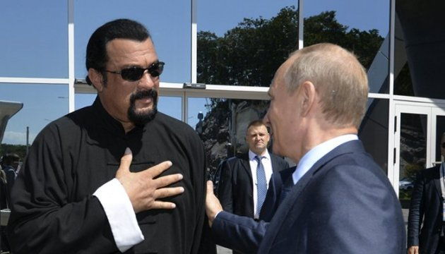 SBU bans Steven Seagal from entering Ukraine for 5 years – media
