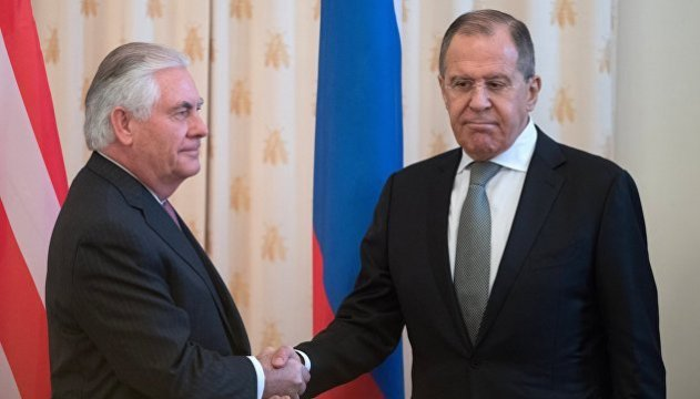 Tillerson, Lavrov discuss situation in Ukraine, sanctions against Russia remain in place - State Department