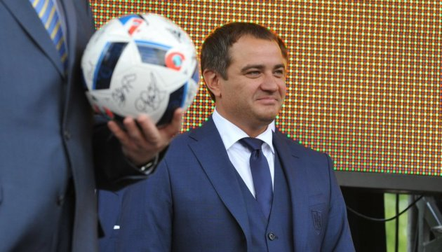 Президент ФФУ говорит, что закон против коррупции в спорте уже работает