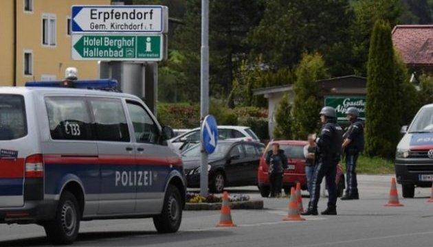В Австрии неизвестный захватил банк, есть заложник