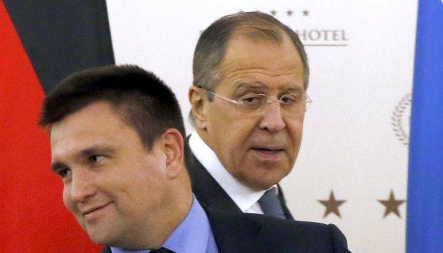 Positionen weit auseinander: Klimkin spricht mit Lawrow über Geiseln und UN-Friedensmission