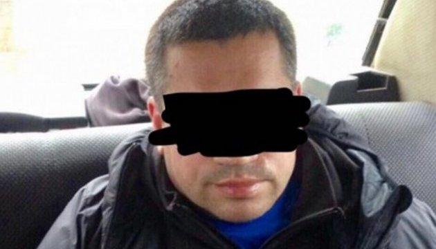 В Одесі затримали викрадача елітних автівок