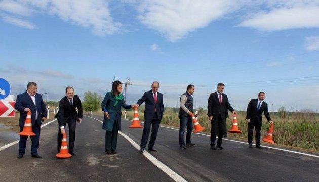 Одесский губернатор открыл движение по объездной дороге на трассе Одесса-Рени