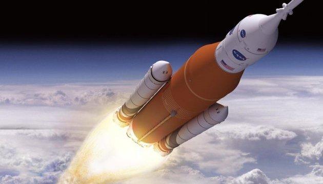 Безпілотний політ надважкої ракети SLS запланували на 2019 рік - NASA