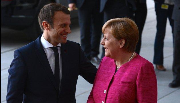 Макрон и Меркель обсудят Brexit с британским премьером