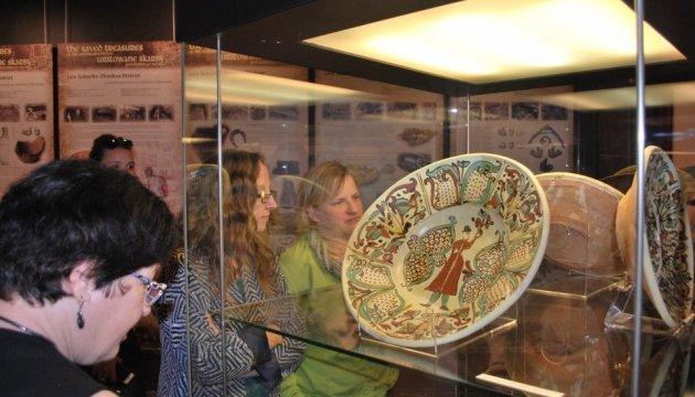 У Варшаві відкрили виставку про археологічні скарби Львова