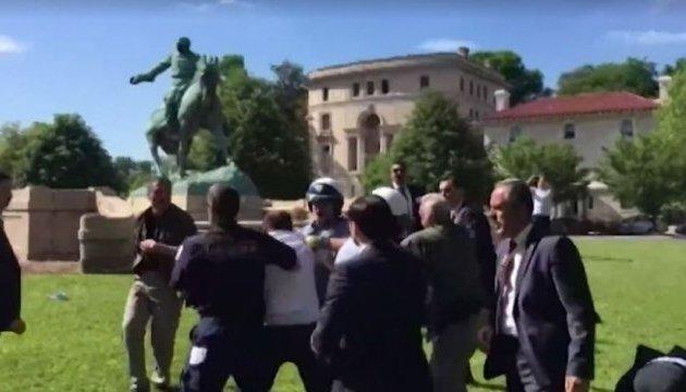 Посла Туреччини викликали до Держдепу після бійки охорони Ердогана у Вашингтоні