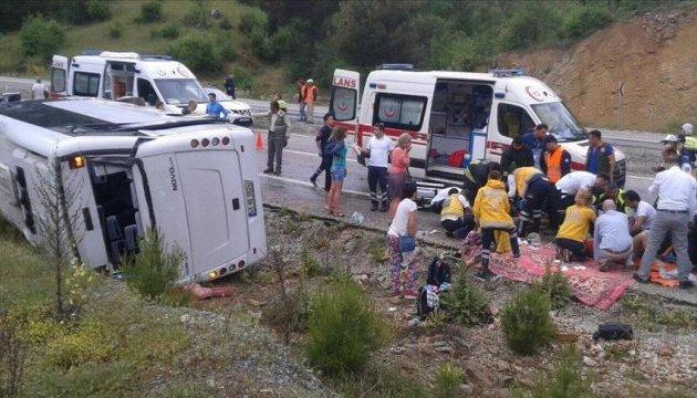 ДТП у Туреччині: більшість українських туристів виписали з лікарні