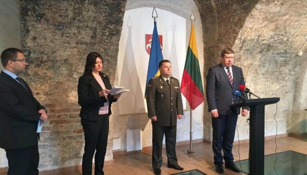 Lithuania ready to send more military instructors to Ukraine