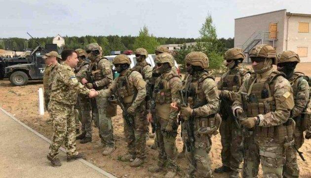 Спецназівці отримали премії від Полторака за військові навчання у Литві