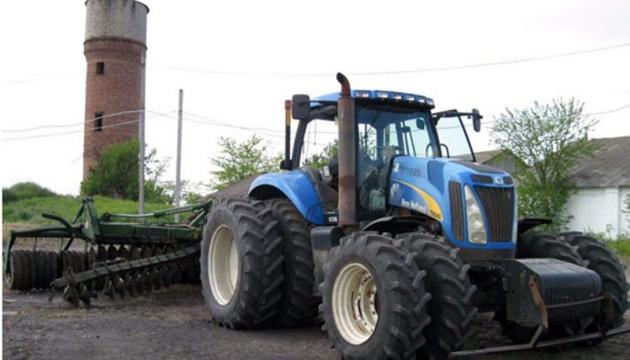 На Донеччині трактор зачепив міну - поліція