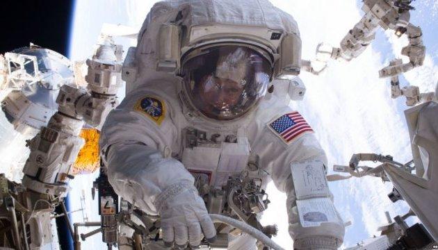 Двоє членів екіпажу МКС вийдуть у відкритий космос – NASA