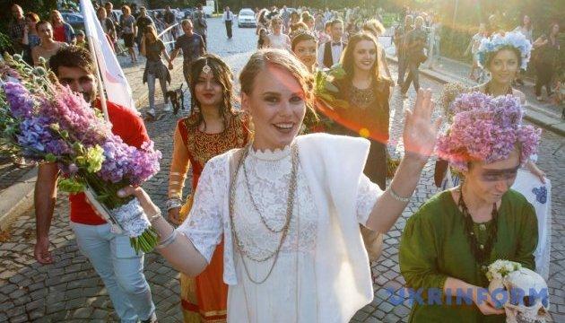 Ужгородский парад невест ищет участниц
