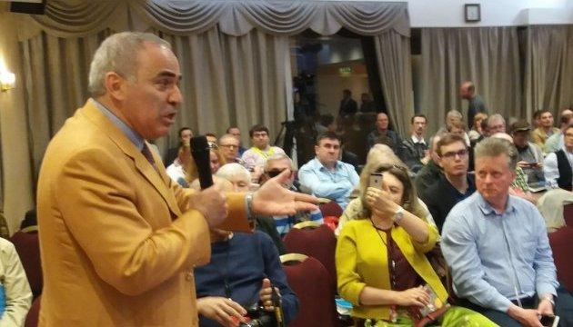У Вільнюсі відбувся перший день III Форуму вільної Росії