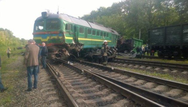 Поїзд Київ-Кам'янець-Подільський зійшов з рейок: постраждали діти