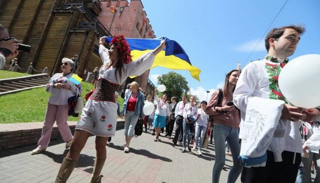 Українці Фінляндії вийдуть на марш у вишиванках