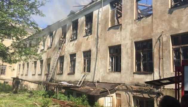 Боевики за день дважды обстреляли Красногоровку из запрещенного оружия - СЦКК