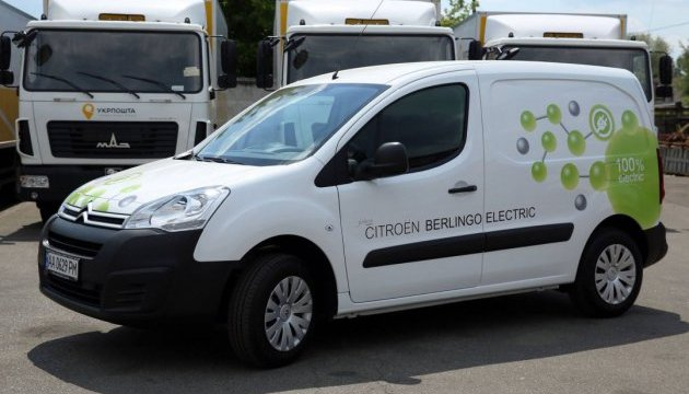 Укрпошта тестує електрокар Citroën Berlingo Electric